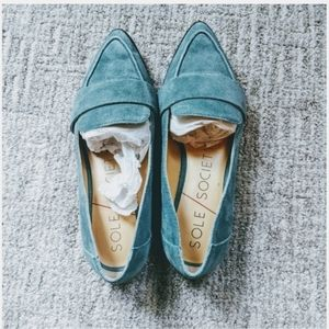 SOLE SOCIETY Edie Suede Point Toe Loafers with Box